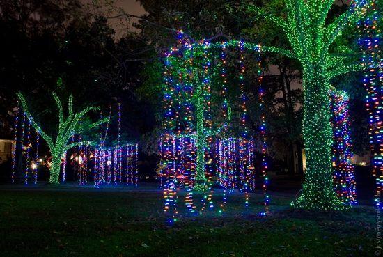 Как американцы украшают дома к Рождеству
