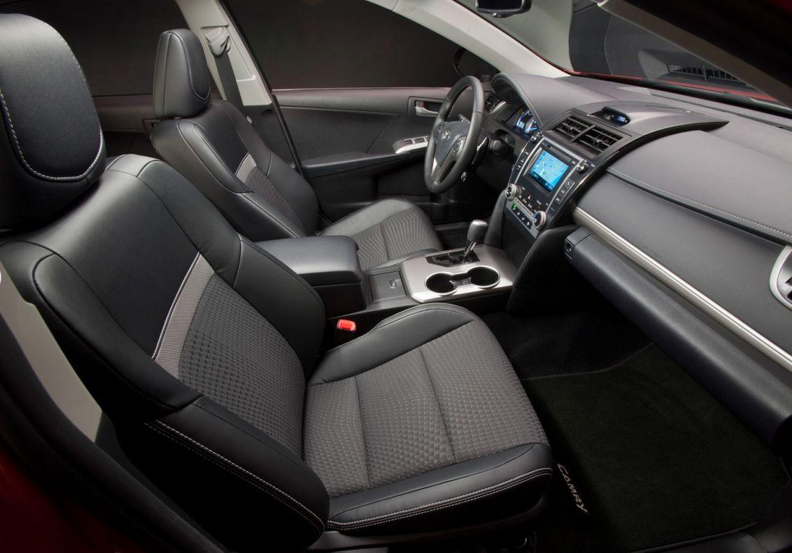 Toyota Camry 2012-5