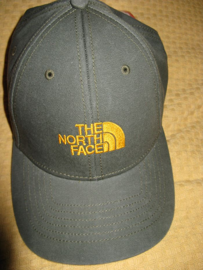 Мужская бейсболка North Face